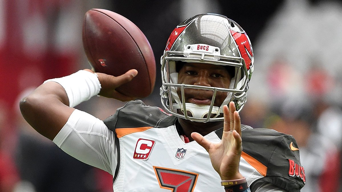 Jameis Winston closing in on Buccaneers career TD pass record https://...