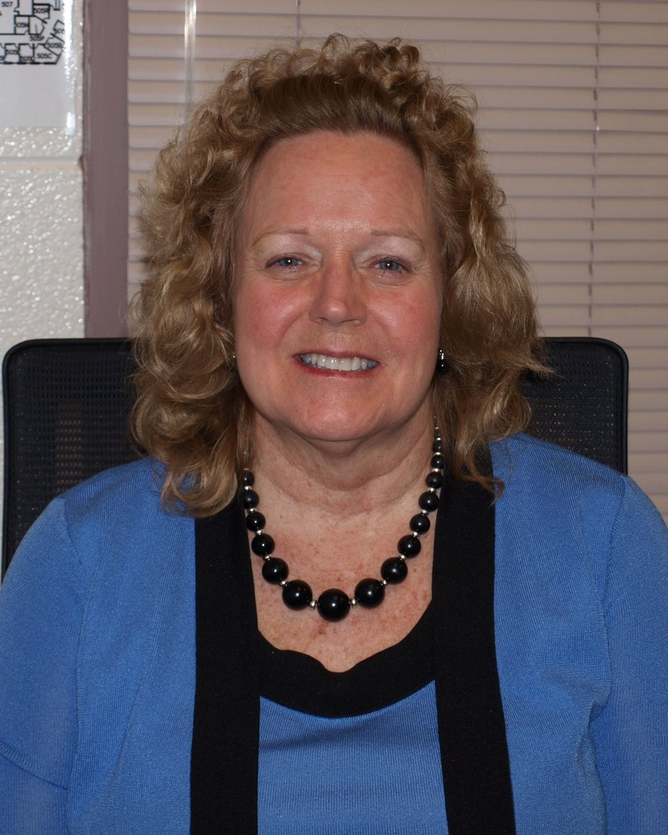 THANK YOU #D303 RETIREES- Ms. Barbara Schmit, Business Education Teacher @StCharlesNorth 16 years with D303.<br>http://pic.twitter.com/EfR6AAFU2v