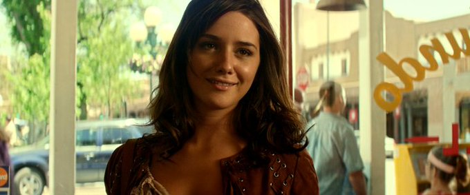 New happy birthday shot What movie is it? 5 min to answer! (5 points) [Addison Timlin, 26]