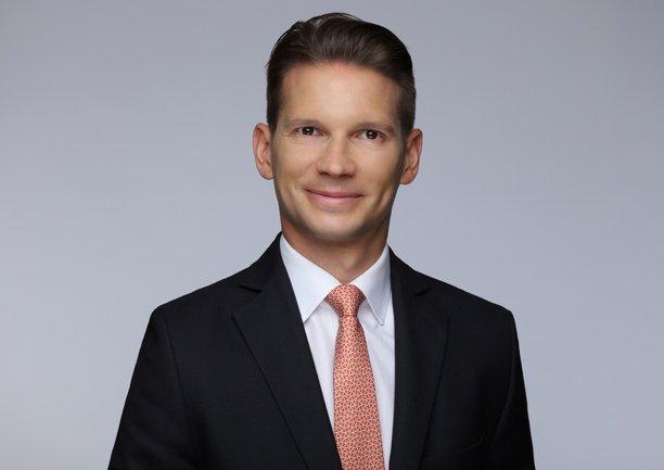 Peter Krüger moves from @DeutscheBank to @TUIGroup https://t.co/B9Q7Ui...