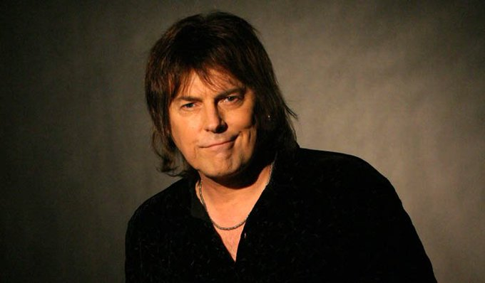 Happy birthday to the voice of Dokken- Don Dokken! we talked about surf boarding and cocaine once.