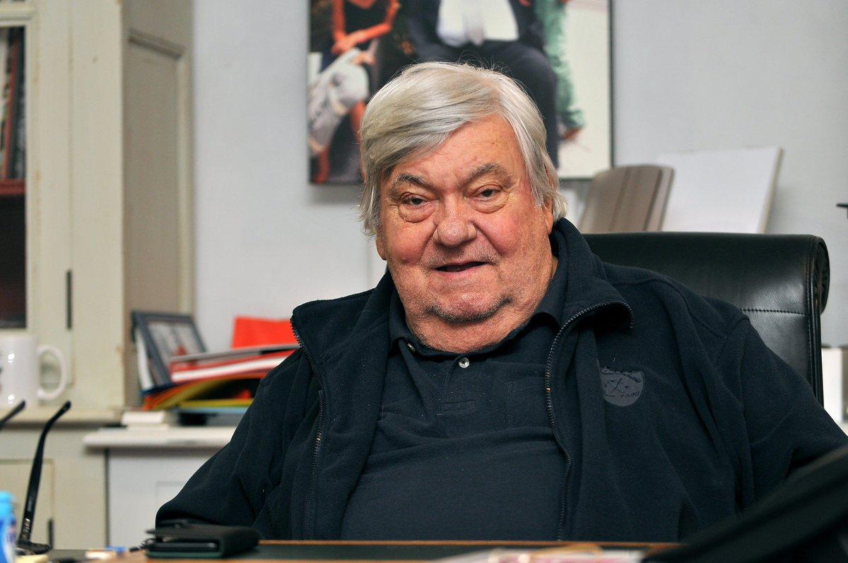 🔴 Louis Nicollin est décédé après un malaise cardiaque https://t.co/L5Y9osjbiC