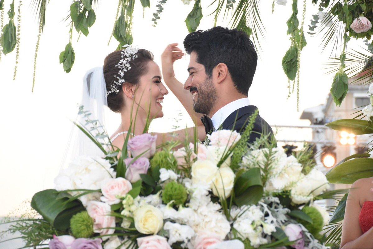 огромному внедорожнику свадьба с турком картинки умеют запутывать свои