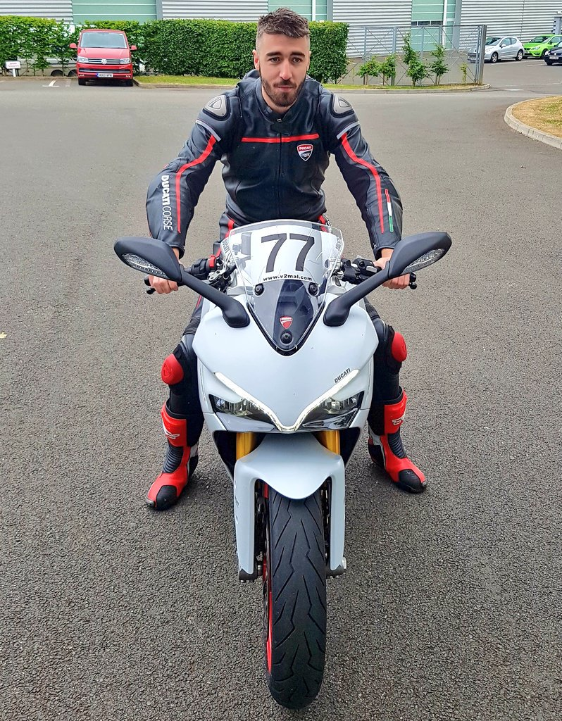 """ryan gregory on twitter: """"supersport s #ducati #77 #trackdays"""