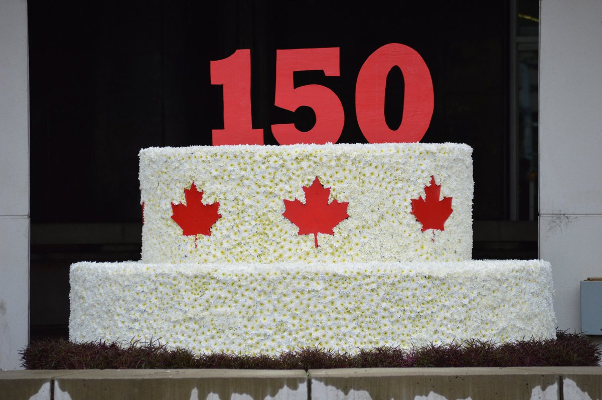 City Of Hamilton On Twitter Visit The Canada150 Floral Birthday