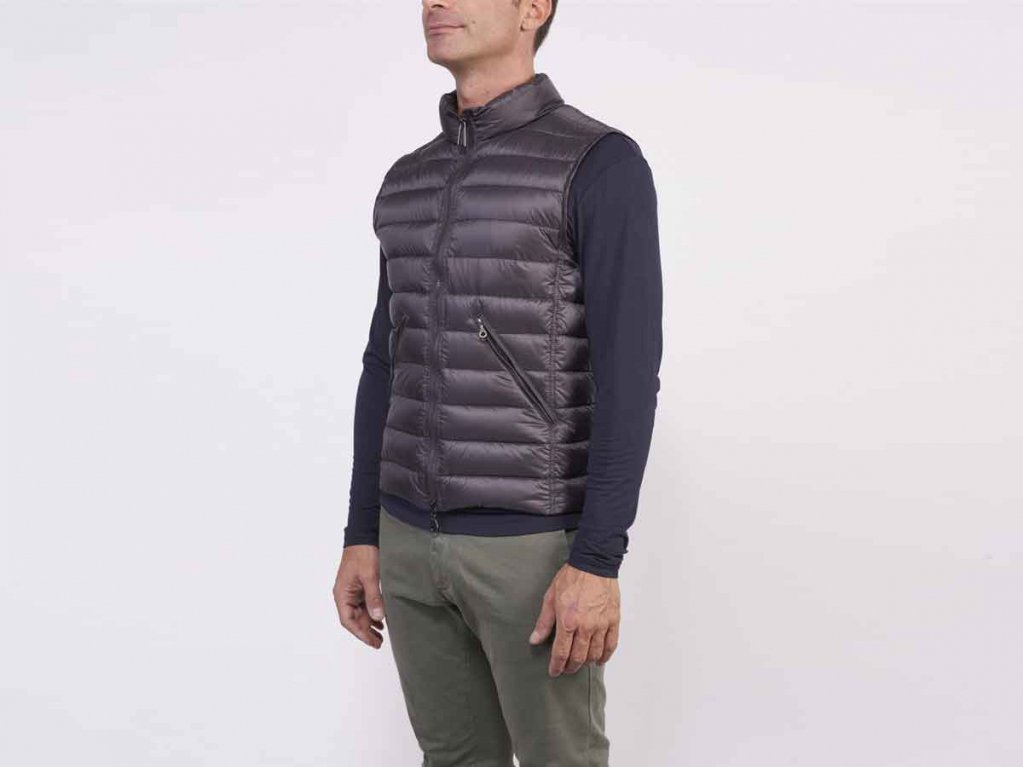 RUPERT is the vest that can't be missed in your closet! Click and find it out on the Shop Online #cinellistudiostore https://t.co/D4JriZKK6A https://t.co/D6CClfH4HH