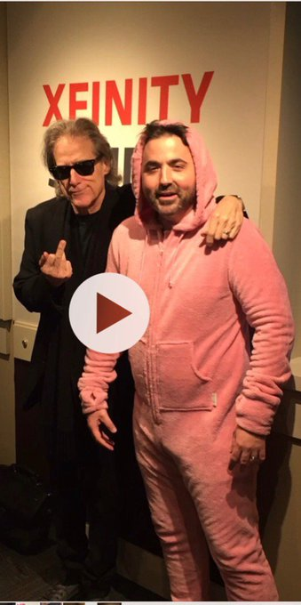 Happy 70th birthday to Richard Lewis who legitimately hated me when I met him