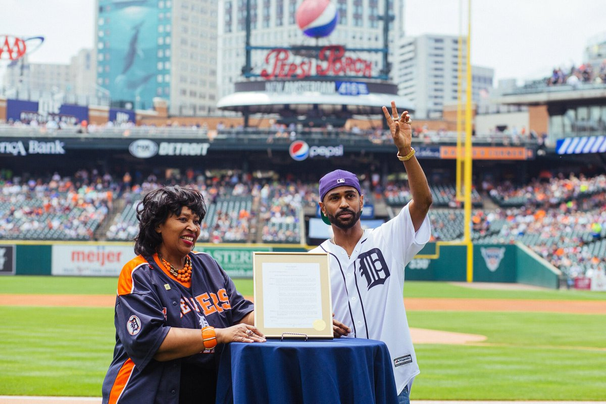Today the city of Detroit declared June 29th as Big Sean Day, insane to come home get this kinda love, this is a true boss up, thank you!