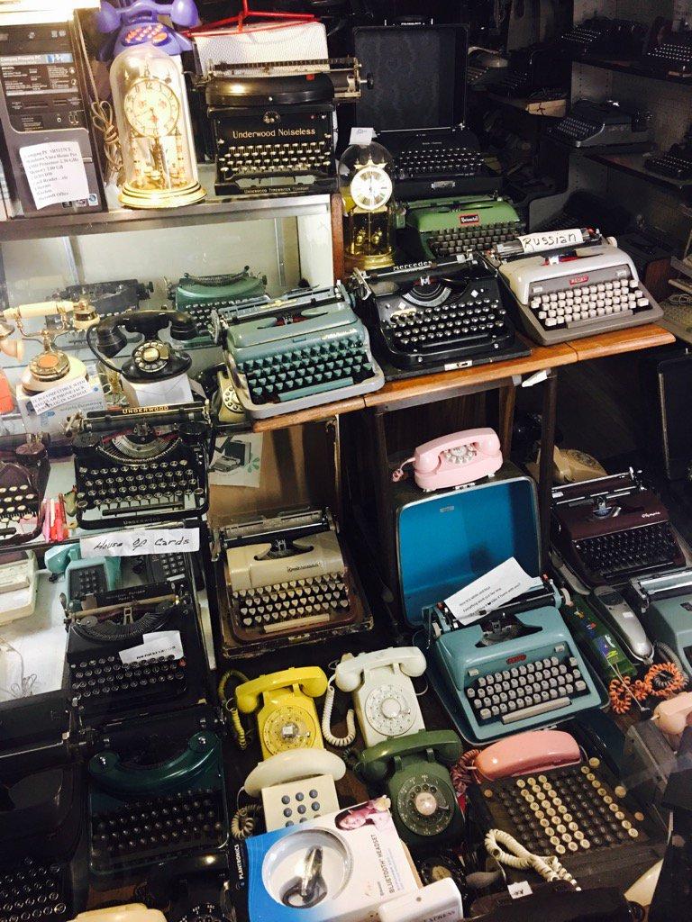 Typewriter store, Amherst, Mass: https://t.co/HFAa2UohC4