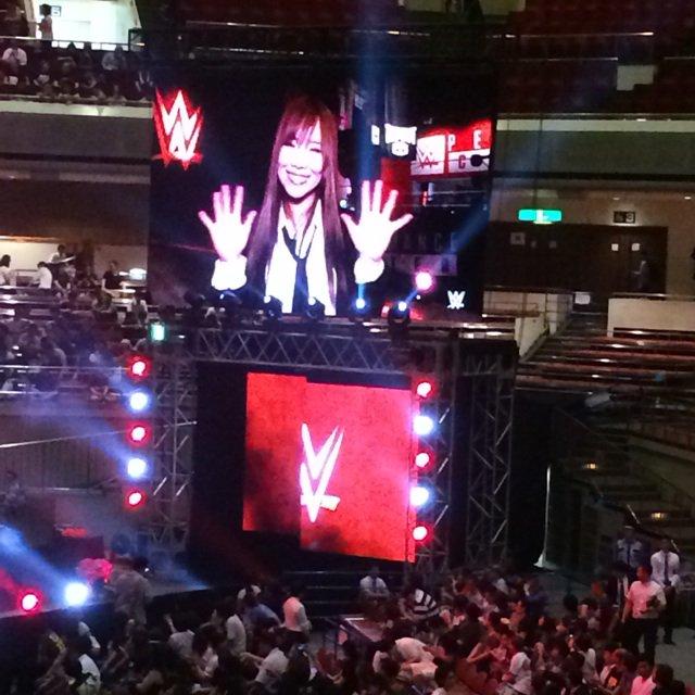 WWE両国初日、前触れもなく宝城カイリことカイリ・セイン選手のNXT入団と7月の女子トーナメント参戦がビジョンで発表されました! https://t.co/w7x46IR6Qu