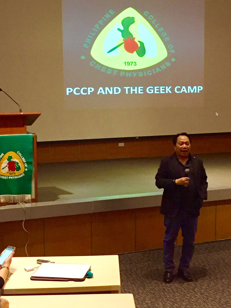 PCCP president, Dr Charles Yu, welcomes delegates at the G.E.E.K. Camp. #informationtechnology #literaturesearch <br>http://pic.twitter.com/nOm3N7HUrs