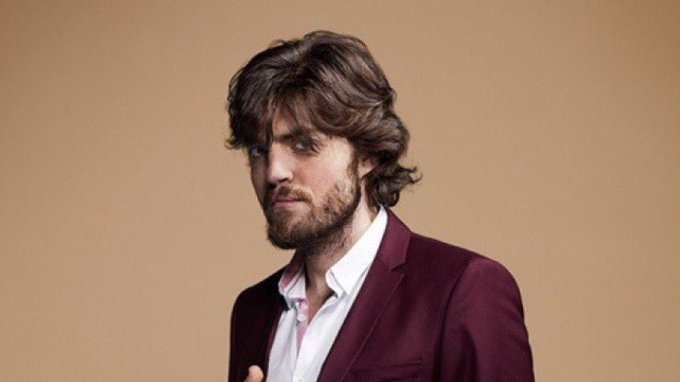 A massive Happy Birthday to El Burkerino himself, Tom Burke!! Hope you have a blast, you most excellent fella