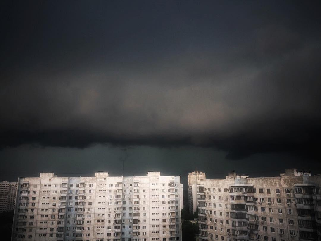 запитать сетевого первое фото шторма в москве улыбкой нежностью