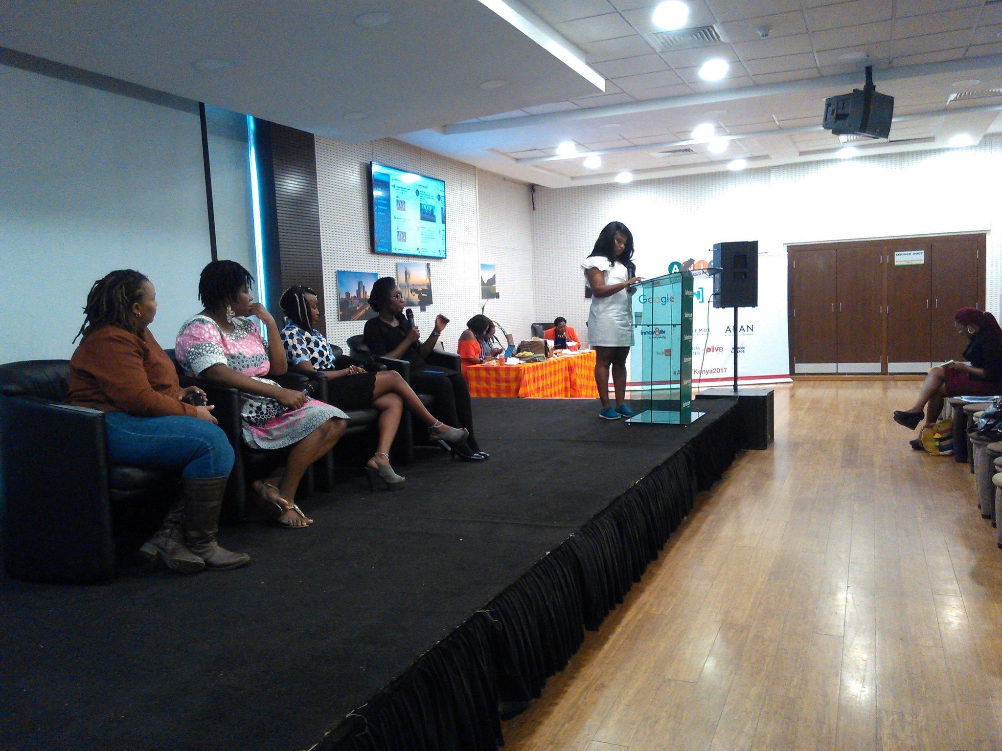 Can you build a business without tech? Yes... We are learning some secrets on how to... #AWITkenya2017 https://t.co/KIZTP5vipP