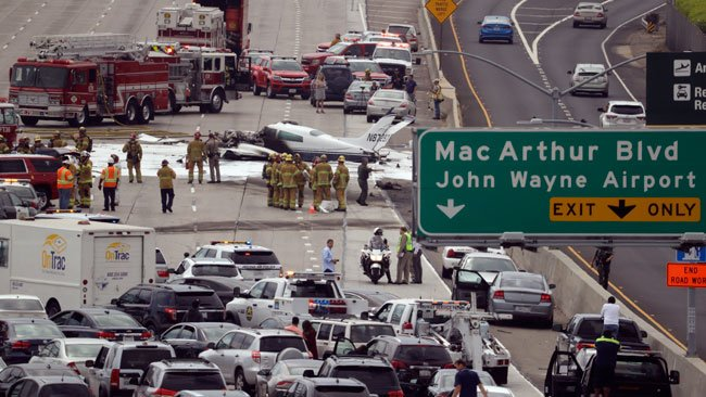 Small Plane Crashes on California's 405 Freeway | Baaz
