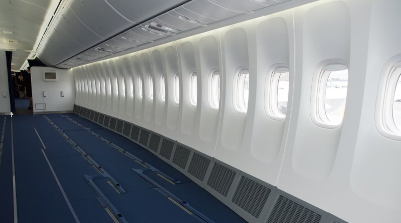 Budget airline wants to remove all the seats from its planes and make passengers stand https://t.co/K4kThpgFuR https://t.co/oRBRH3WaXC