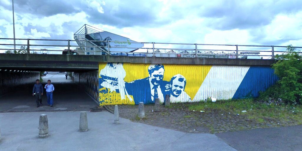 Yea,yea and thrice yea, you can keep your Banksys, THAT is a mural #theDon #BillyBremner #LUFC https://t.co/XATn0atlTN