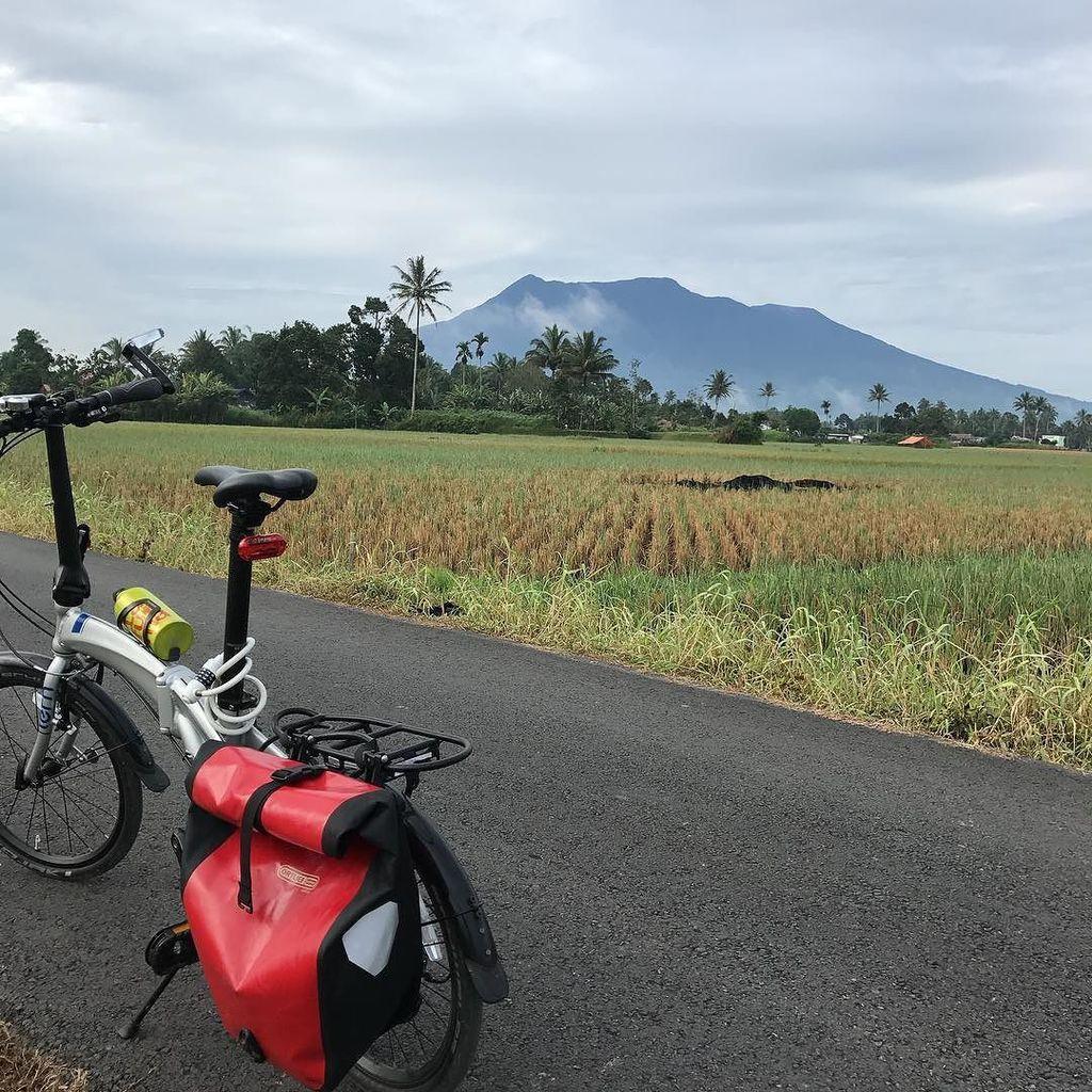 Morning ride #bikewander #foldingbike #tern https://t.co/vnqXpiDUHL https://t.co/JcTJF6DCzr