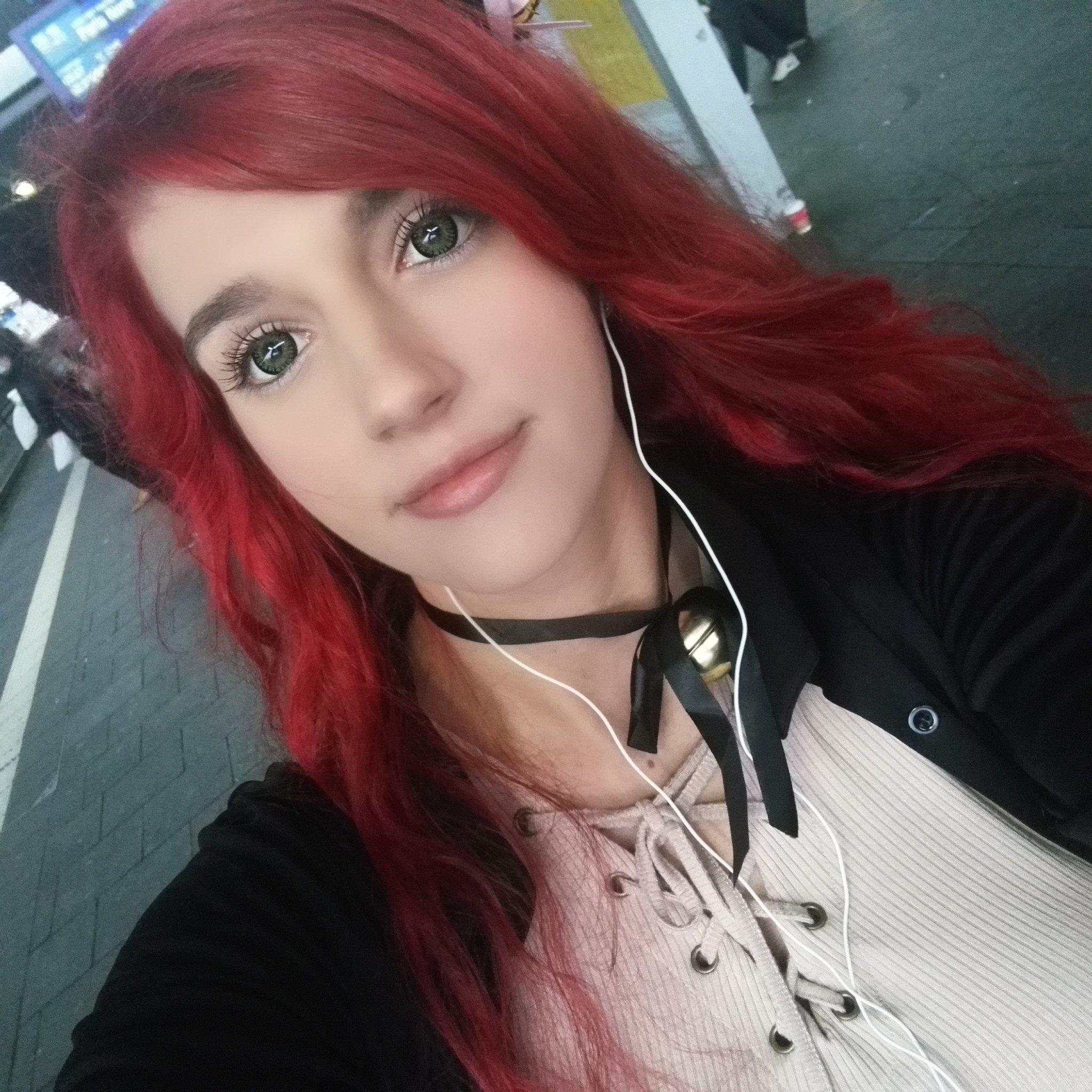 Kunshikitty on Twitter: Auf in den ICE zur Comic Con :)…
