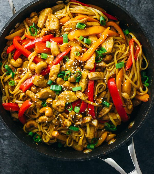 Spicy Cashew Chicken Noodles