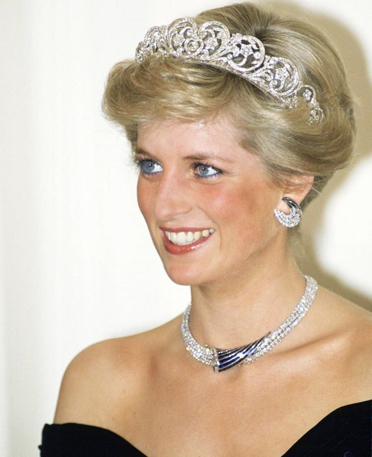 Happy Birthday to one of my heroes and the love of my life, Princess Diana. The world misses you everyday.