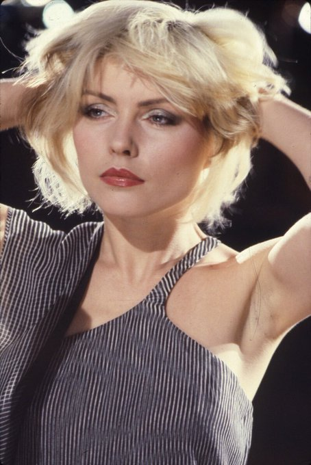 Happy birthday to the one and only debbie harry, i fucking love her