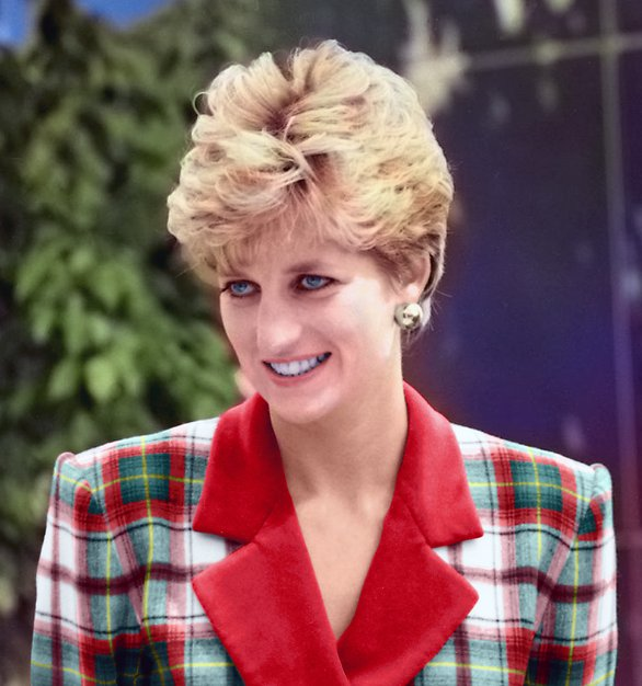 was born today in 1961. Happy Birthday to Lady Di. Celebrate her memory: