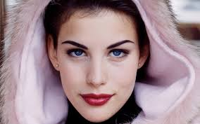"HAPPY BIRTHDAY Liv Tyler 1977  Model , Acress (""Armagedon\"", \""Lord of the Rings\"")"