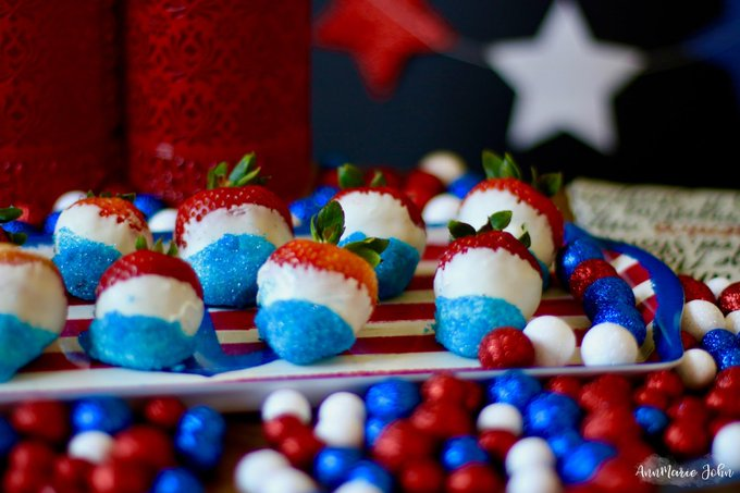 Patriotic Strawberries for the Kids