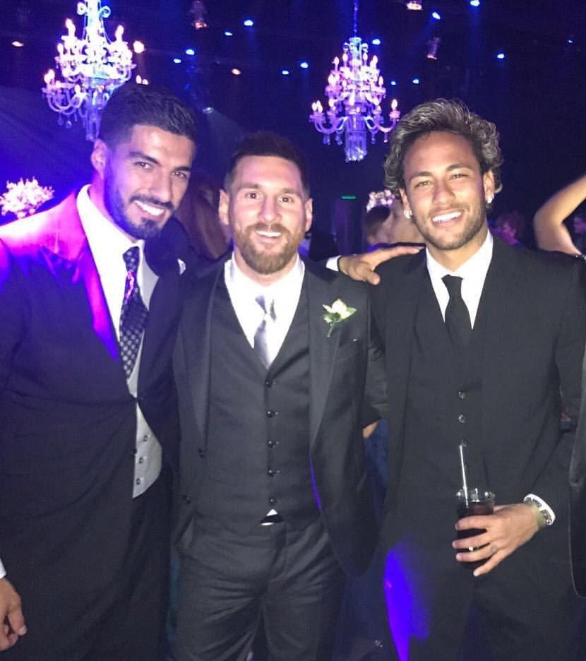 Hasil gambar untuk Neymar Pesta dengan Messi dan Suarez