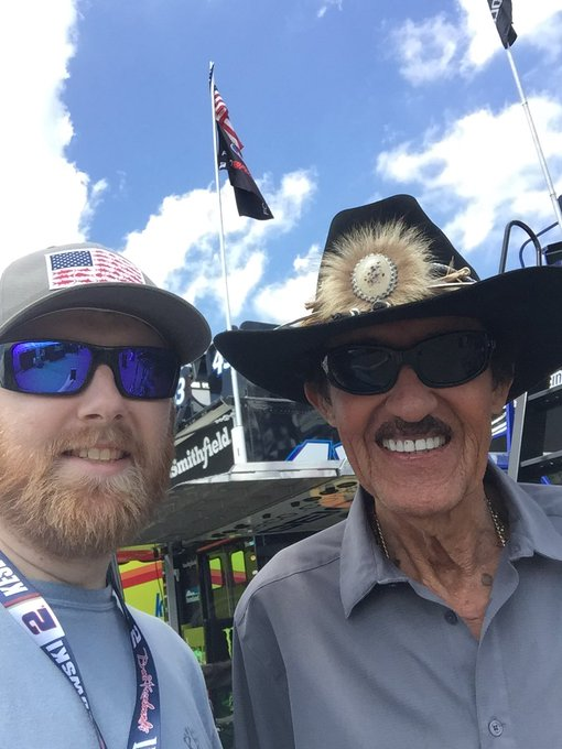 Happy 80th birthday to The King Richard Petty. Had a chance to meet him back at