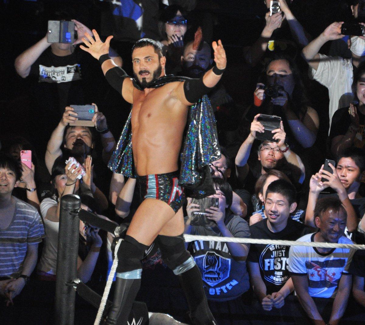 أبرز لحظات المصارعين في جولة اليابان (صور)