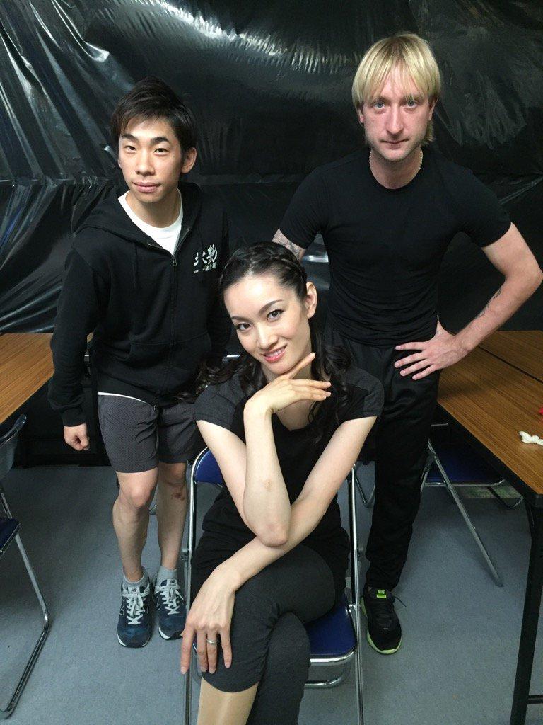 細胞レベルでスケート、してる?#偉大な金メダリストお二人#ありがとうございます pic.twitter.com/6sSJQfeXrC
