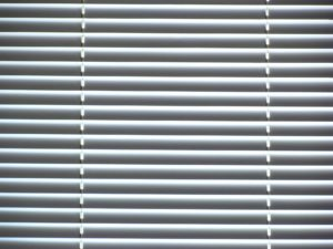 Things I Learned While Cleaning My Mini Blinds