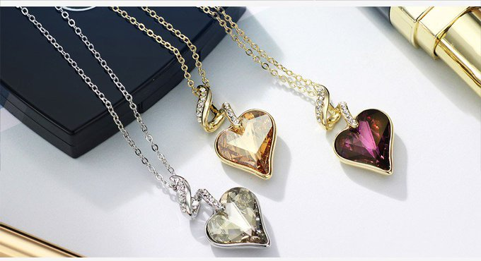 Elegant Necklace with Heart Shaped Crystal Pendant