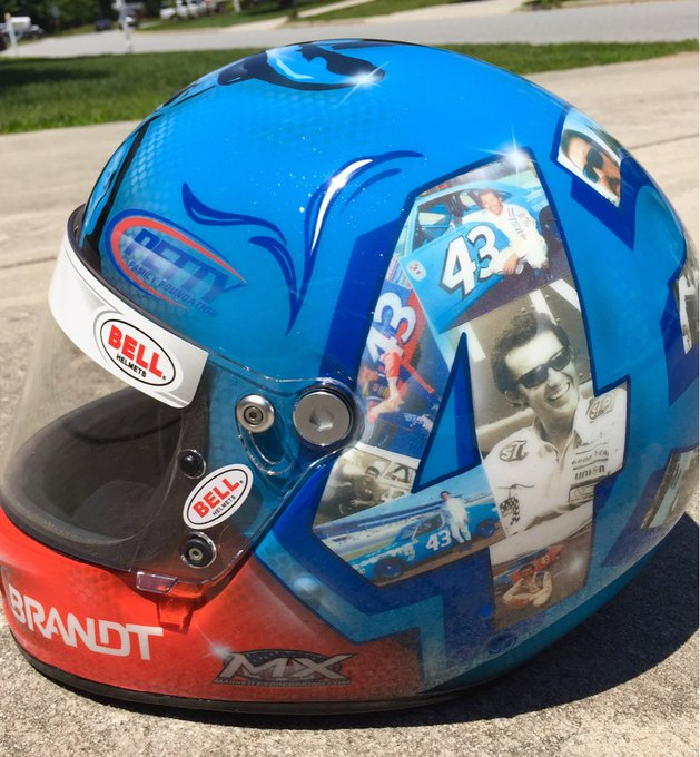 Happy Birthday to the King Richard Petty and the  I m so proud to help this family.