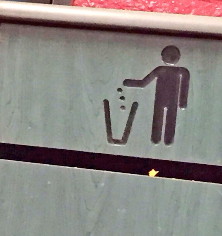 Another juggler gives up on his dreams... https://t.co/FXv5YWQQra