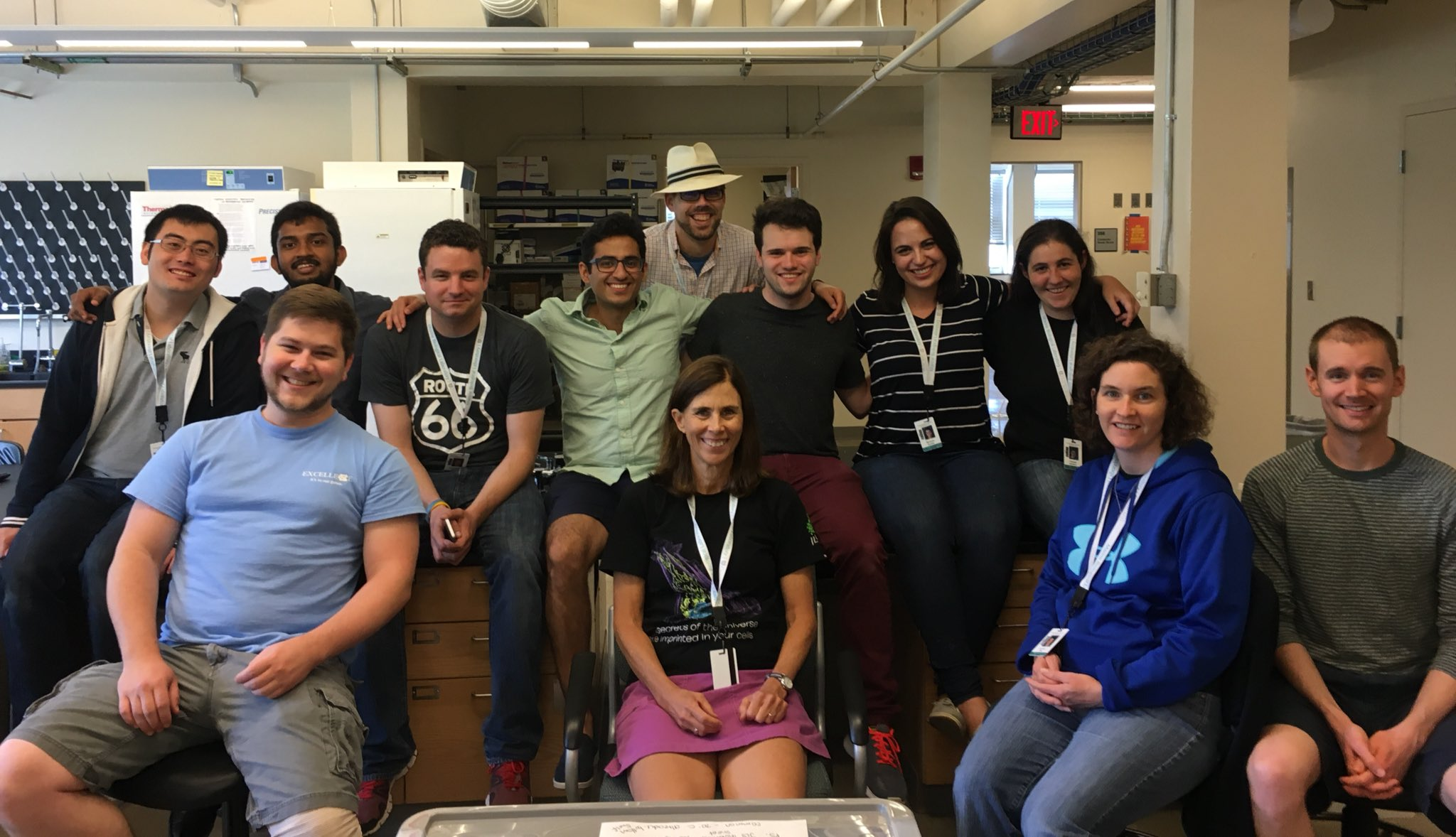 [most of] Team JLS - end of Rotation 1! @MBLScience #physio2017 https://t.co/XpNLeZ7ST6