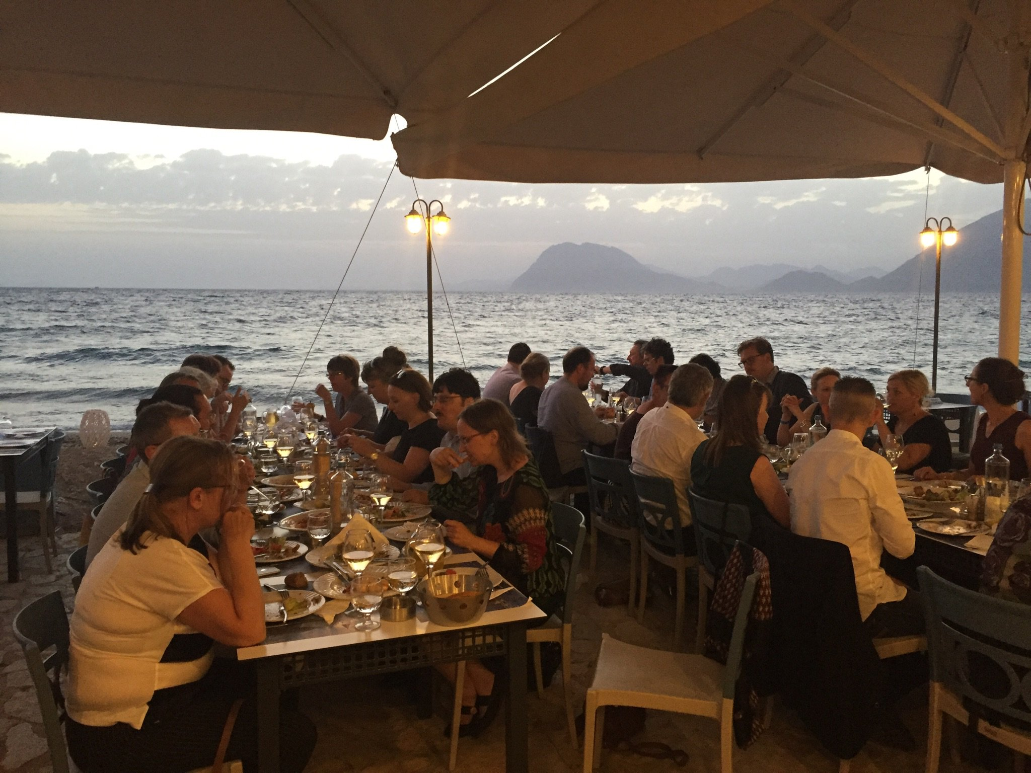 .@lorcanD you asked, we gladly deliver ;-) This was last nights #LIBERemergingleaders diner #liber2017 #patras https://t.co/tqLrnopBvu