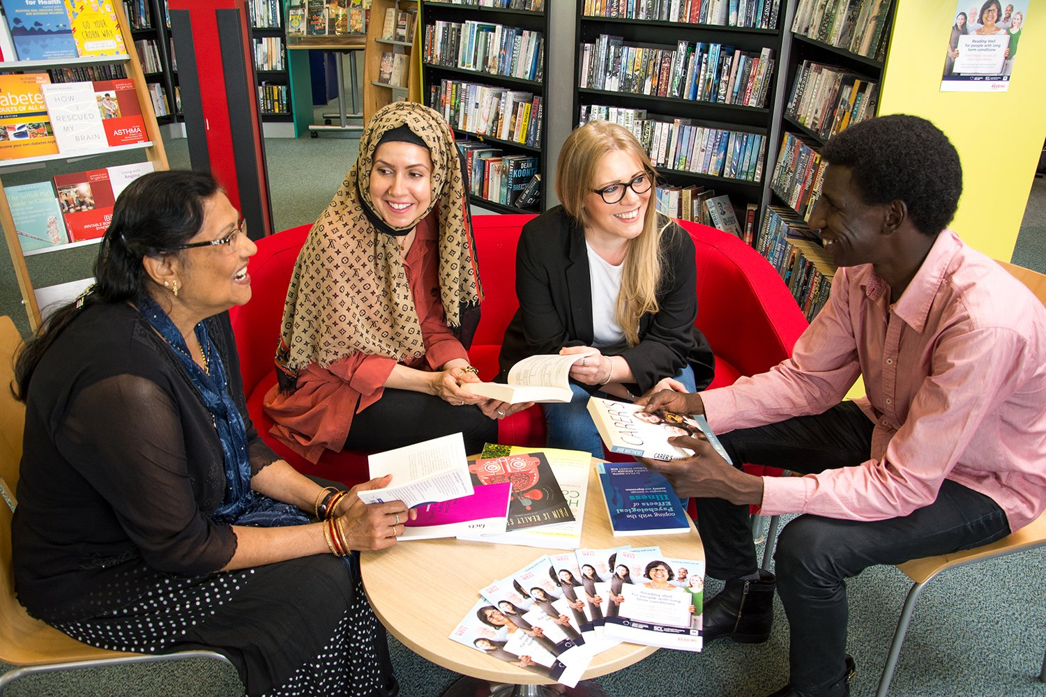 Today we're delighted to launch #ReadingWell for long term conditions, available at public libraries across England https://t.co/v7Vz3LnRDQ https://t.co/1fHC2Sqnk5