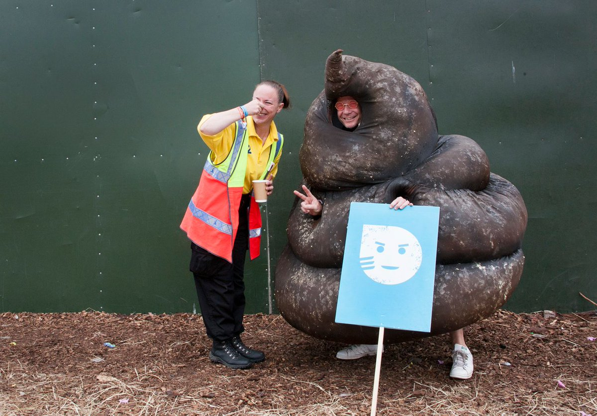 The @WaterAidUK poo is famous! He&#39;s made it onto @GlastoFest&#39;s best bits not once but twice:  http://www. glastonburyfestivals.co.uk/sunday-in-pict ures-5/ &nbsp; …  #glasto17 <br>http://pic.twitter.com/OehyW4qBHb