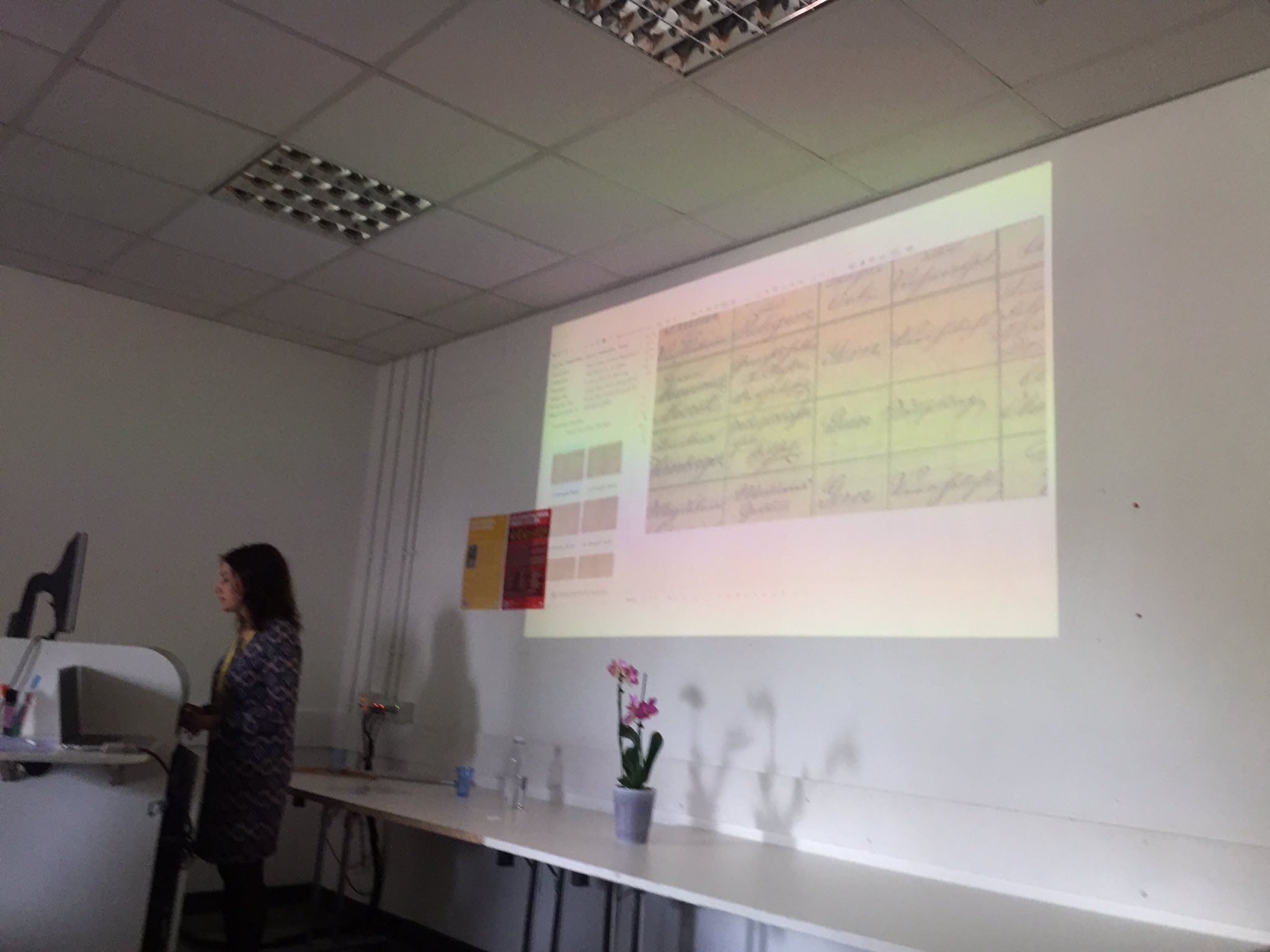 EM outlining challenges of changing names of dioceses; using READ/Transkribus tables become info & info becomes knowledge #s139 #IMC2017 https://t.co/PCCbLy1Imi