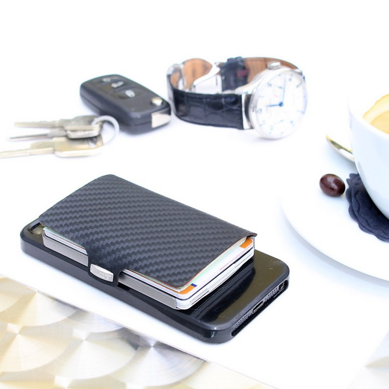 Off to a great start #mondaymorning #iclip #carbon #coffee #fashion #Mensfashion #menswear #everydaycarry #EDC #mensaccessories #style https://t.co/3KBNu88G5e