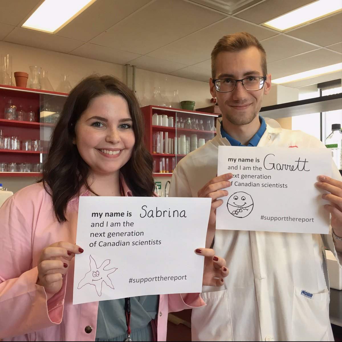 We are the #NextGenCanScience, we study lipid droplet metabolism. #SupportTheReport @JustinTrudeau<br>http://pic.twitter.com/gUJ6SwbiZd