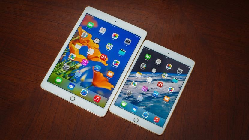 #RT #Like #Follow and #tag a friend for a chance to #win a #FREE iPad Air 3! #love #contest #giveaway #sweepstakes #RTtoWin #competition<br>http://pic.twitter.com/1oCdyFGSA2