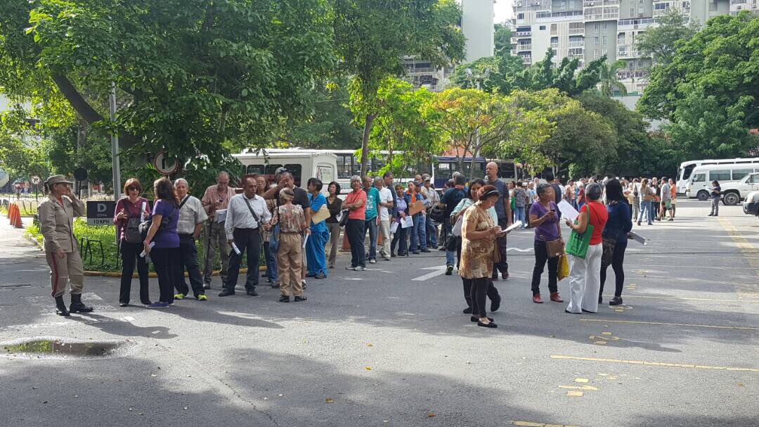 En el centro electoral de la #UBV parroquia San Pedro #Caracas se registra Ensayo Electoral rumbo al #30Jul #16JEnsayoConstituyente https://t.co/5svXS8Q2KD