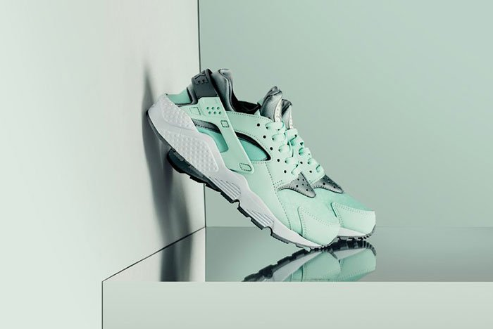 759ad3fbeafc the air huaraches back with an arctic blast nike nikeair huarache  airhuarache run