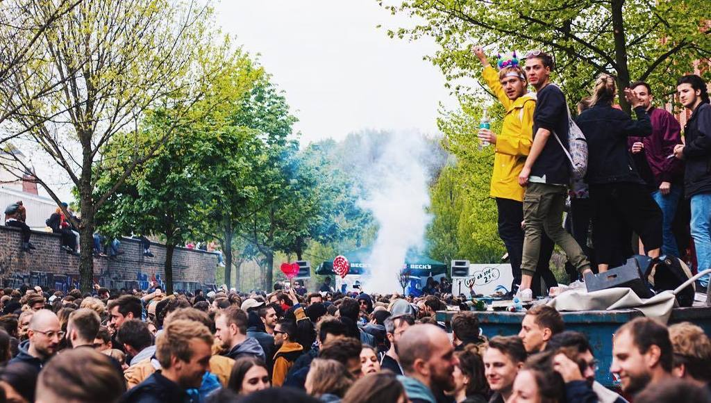 I definitely need to go to May 1st again next year  - - - #People #Music #MayFirst #May1st #Festival #StreetFestival #StreetParty #BlackAn…<br>http://pic.twitter.com/eE4msPXxXu