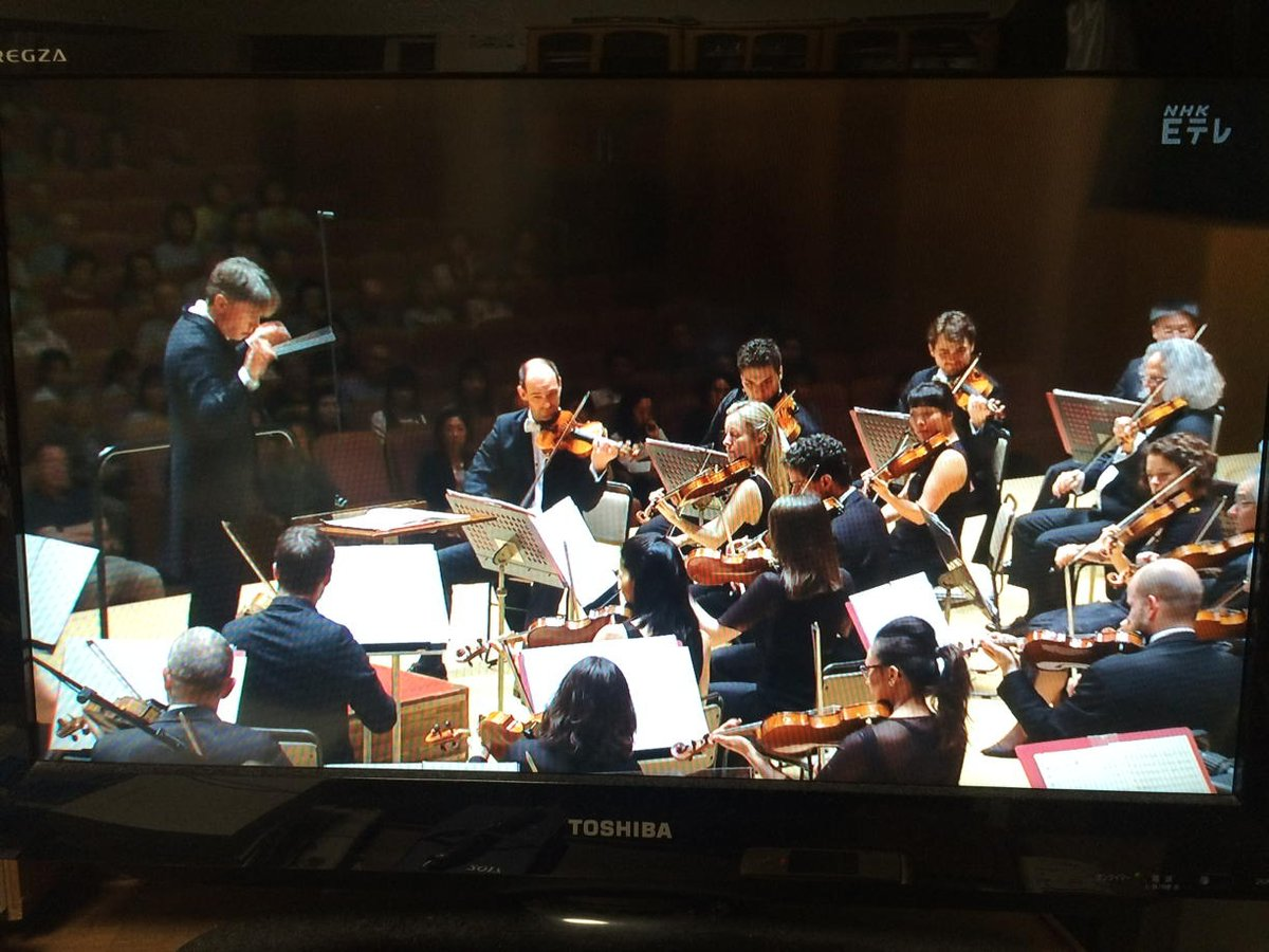 Salonen &amp; @philharmonia concert in Yokohama in May being broadcast now on #NHK <br>http://pic.twitter.com/9xjDbRGdiE