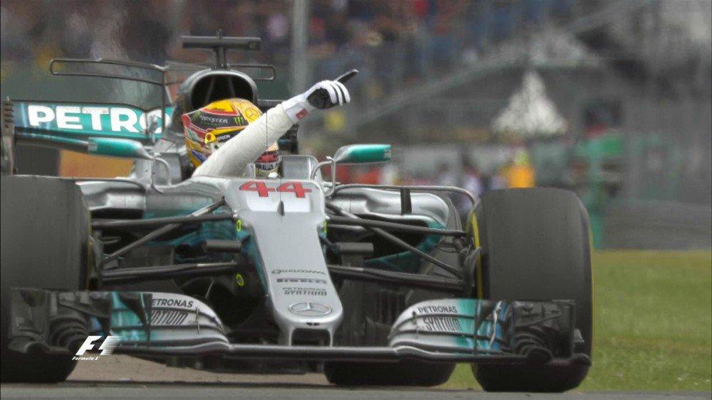 Hamilton Mostruoso a Silverstone! Disastro Ferrari con le gomme. Vettel 7°